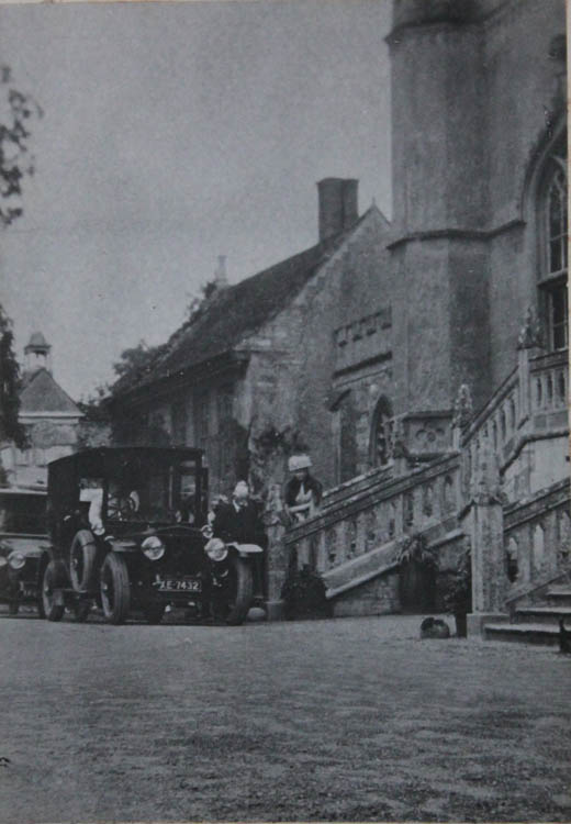 Queen Mary visiting the Abbey