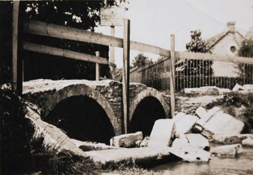 Damage to bridge in Flood 1936